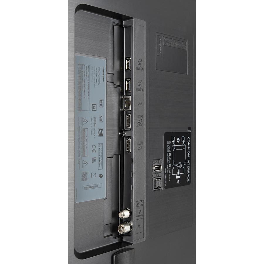 Samsung QE43Q60A - Connectique
