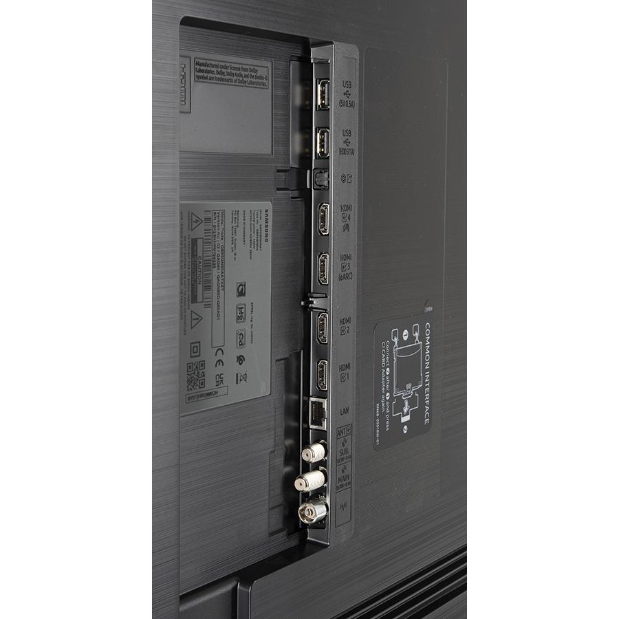 Samsung QE65QN90AATXXU - Connectique