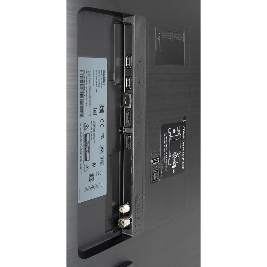 Samsung UE43AU8005 - Connectique