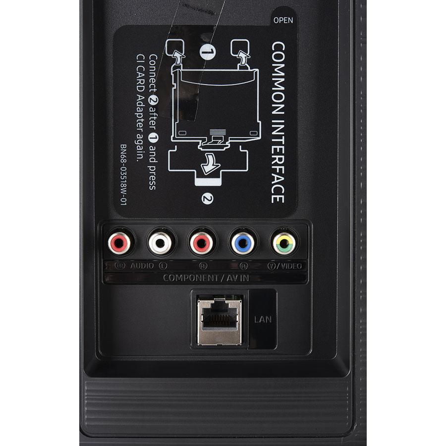 Samsung UE43RU7105 - Connectique