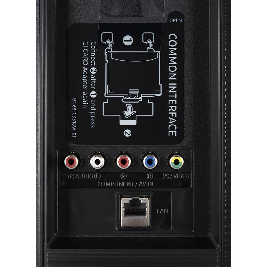 Samsung UE65RU7175 - Connectique