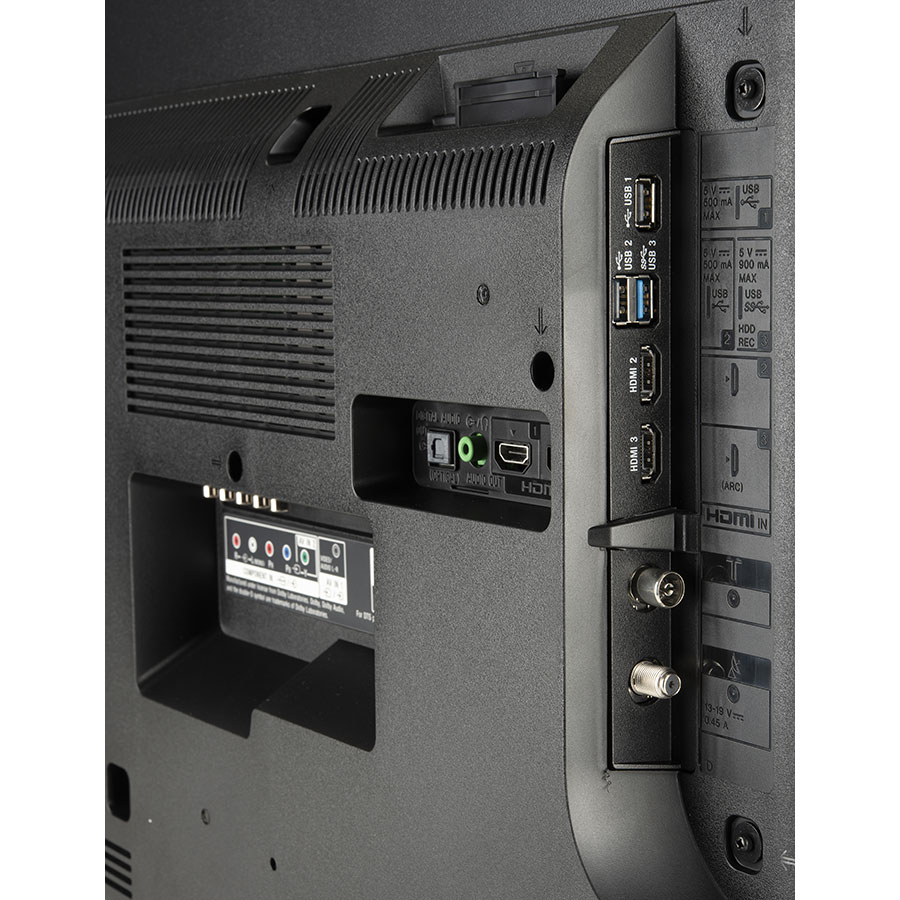 Sony KD-43XF8096 - Connectique