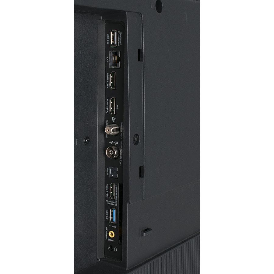 TCL U49C7006 - Connectique