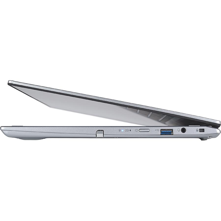 Acer Spin 3 (SP314-21N) - Vue de droite