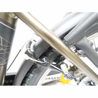 Nakamura E-City 150 - Freins V-Brake mécaniques.