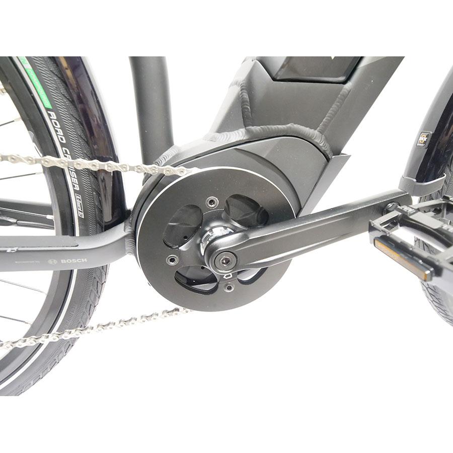 Haibike Sduro Trekking 1.0 - Moteur dans le pédalier et protection de chaîne en aluminium.