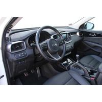 Kia Sorento 2.2 CRDI 200 ch ISG 4x4 -