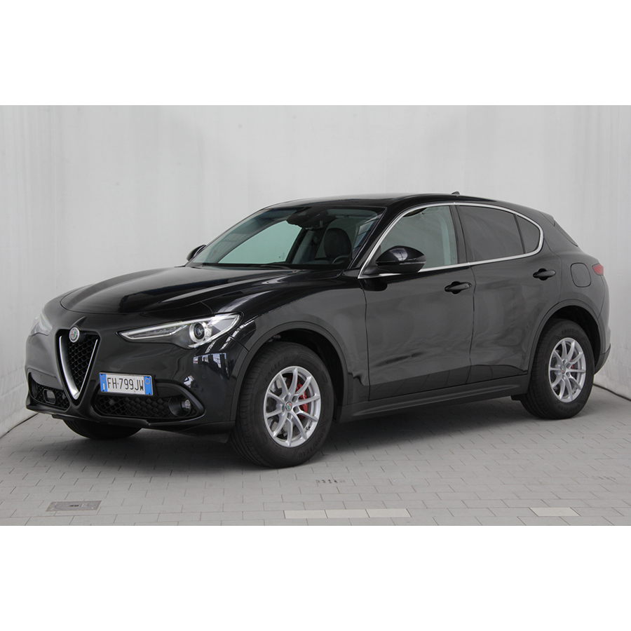 test alfa romeo stelvio 2 2 210 ch q4 at8 comparatif suv 4x4 crossover ufc que choisir. Black Bedroom Furniture Sets. Home Design Ideas