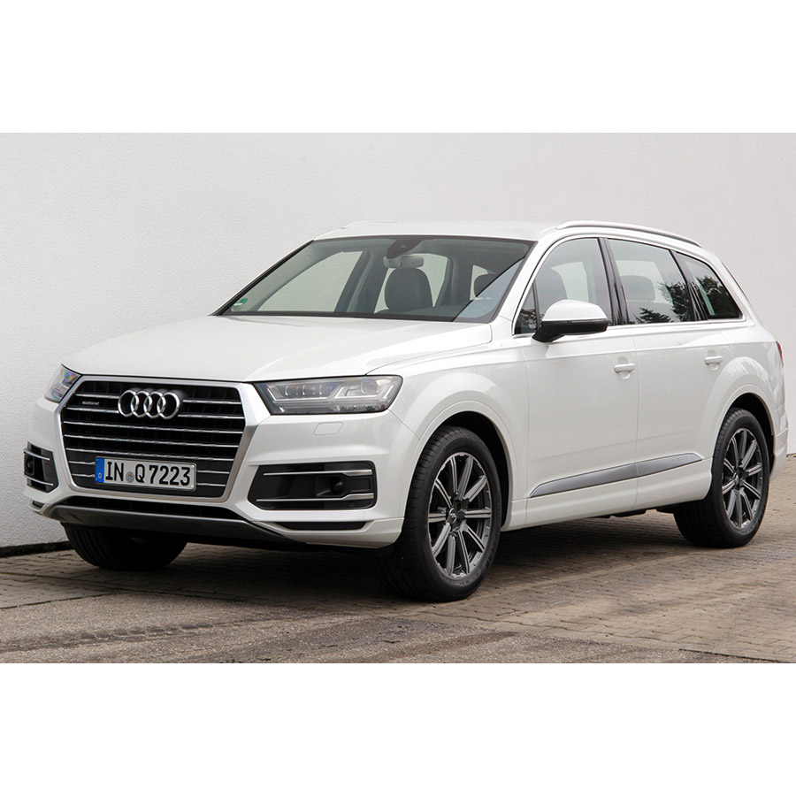 test audi q7 3 0 v6 tdi clean diesel 218 quattro tiptronic a comparatif suv 4x4 crossover. Black Bedroom Furniture Sets. Home Design Ideas