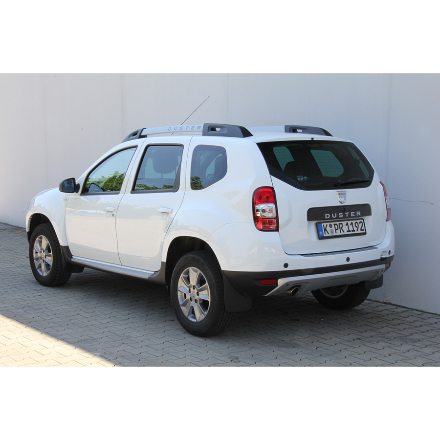 test dacia duster tce 125 4x2 comparatif suv 4x4. Black Bedroom Furniture Sets. Home Design Ideas