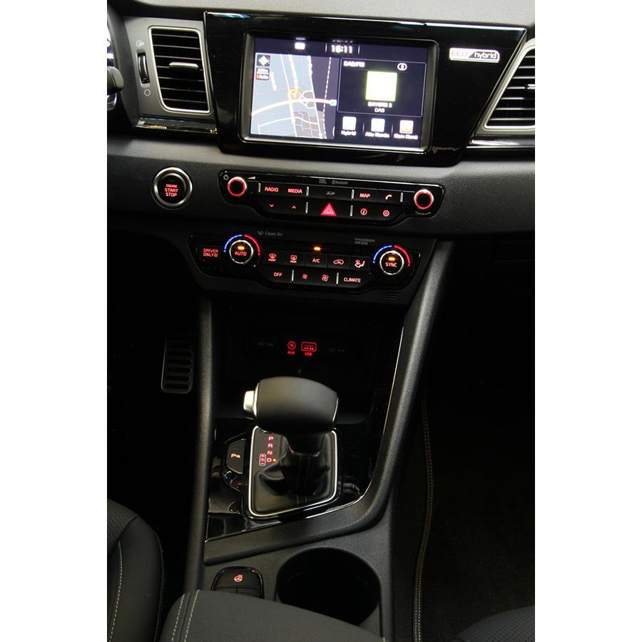 Kia Niro Hybrid 1.6 GDI 105 ch DCT6 Premium -