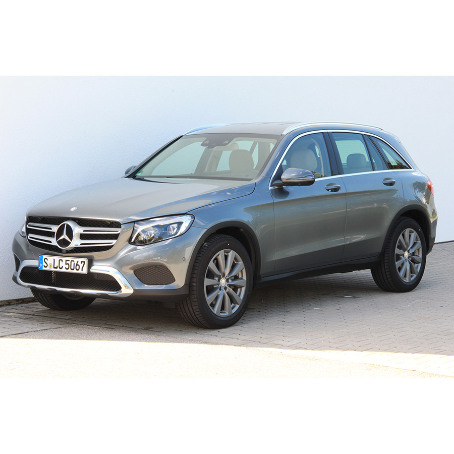 test mercedes classe glc 250 d 4matic a comparatif suv. Black Bedroom Furniture Sets. Home Design Ideas