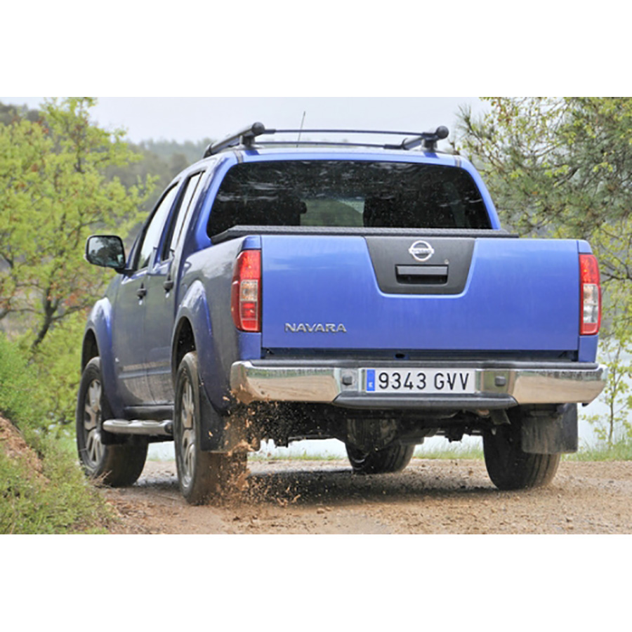 test nissan navara 2 5 dci 190 euro 5 comparatif suv 4x4 crossover ufc que choisir. Black Bedroom Furniture Sets. Home Design Ideas