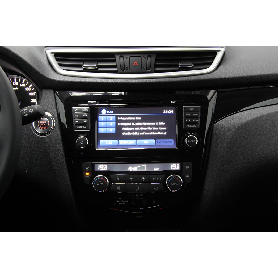 Nissan Qashqai 1.6 DIG-T 163 -