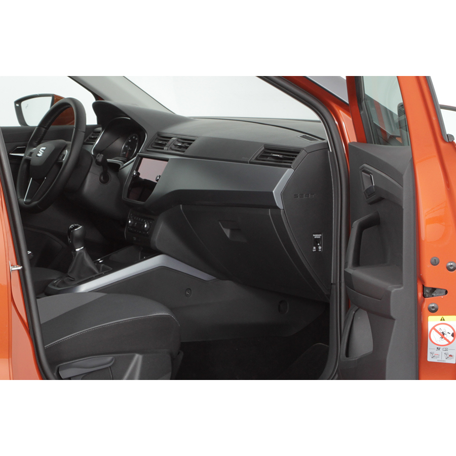 test seat arona 1 0 ecotsi 115 ch start stop bvm6 comparatif suv 4x4 crossover ufc que choisir. Black Bedroom Furniture Sets. Home Design Ideas