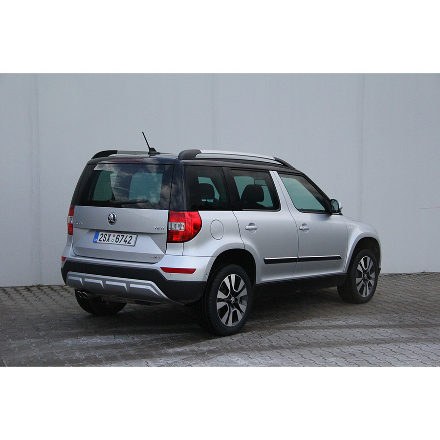 test skoda yeti outdoor 2 0 tdi 170 4x4 dsg comparatif. Black Bedroom Furniture Sets. Home Design Ideas
