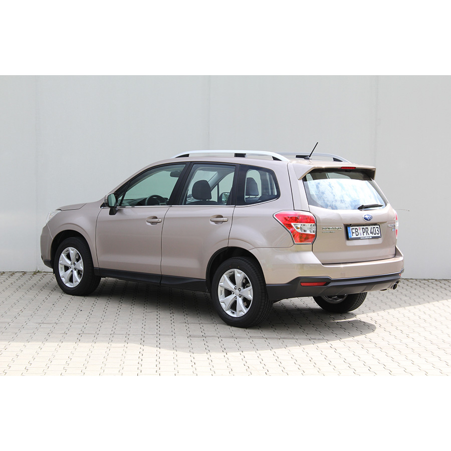 test subaru forester 2 0d comparatif suv 4x4 crossover ufc que choisir. Black Bedroom Furniture Sets. Home Design Ideas