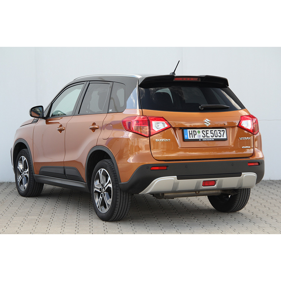 test suzuki vitara 1 6 ddis allgrip 4x4 comparatif suv. Black Bedroom Furniture Sets. Home Design Ideas