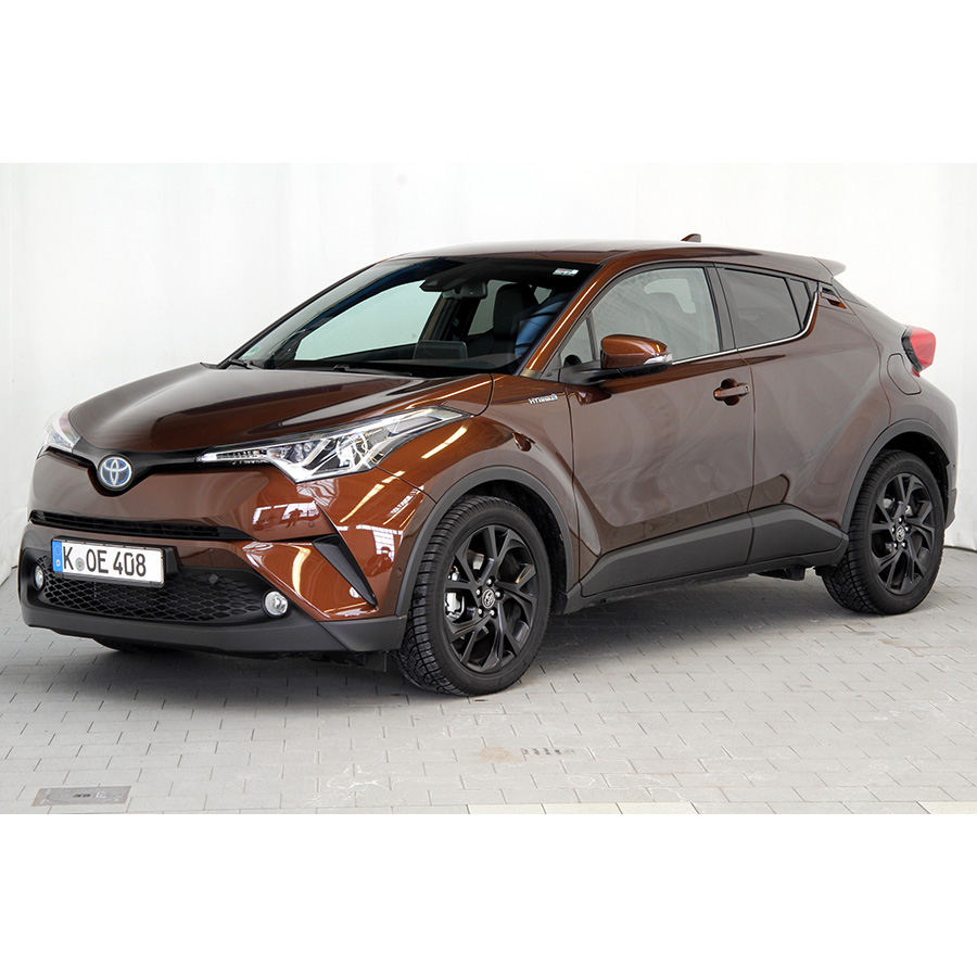 test toyota c hr 1 8 hybrid 122h comparatif suv 4x4 crossover ufc que choisir. Black Bedroom Furniture Sets. Home Design Ideas