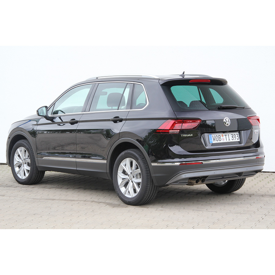 test volkswagen tiguan 2 0 tdi 150 bmt 4motion dsg7 comparatif suv 4x4 crossover ufc que. Black Bedroom Furniture Sets. Home Design Ideas