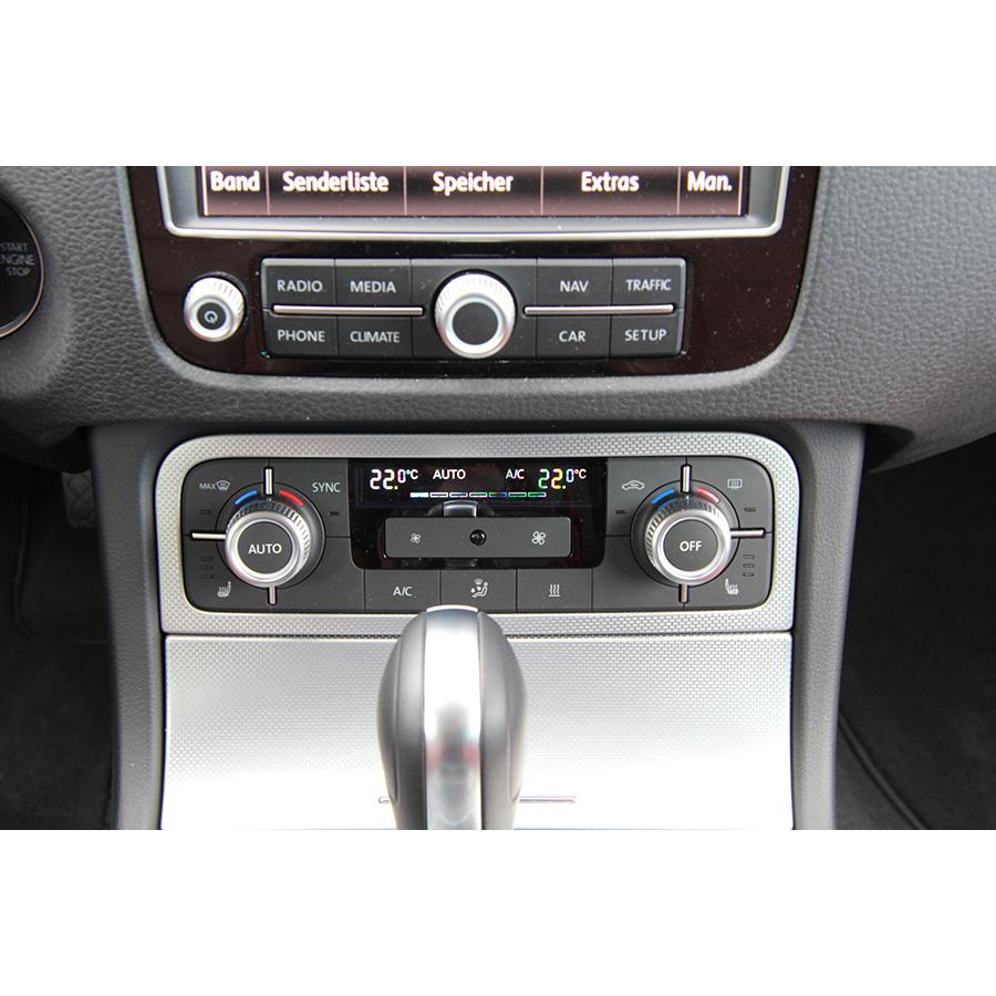 Volkswagen Touareg 3.0 V6 TDI 262 SCR 4MOTION BMT Tiptronic -