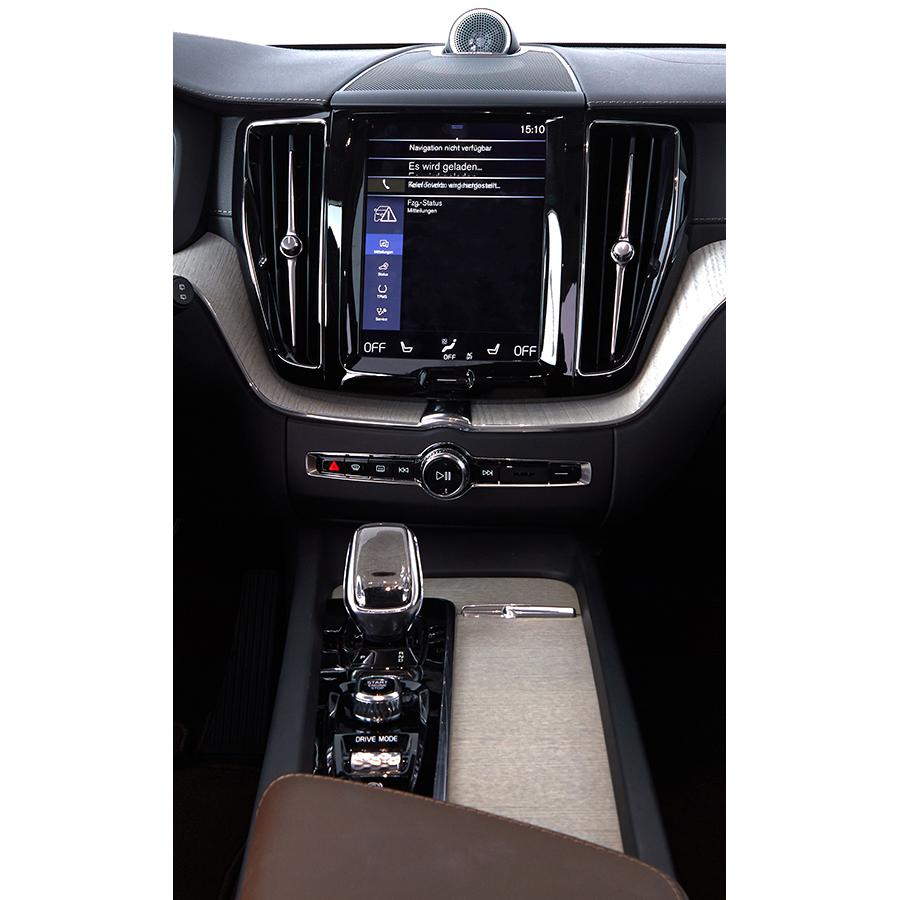 Volvo XC60 B4 AWD 197 ch Geartronic 8 -