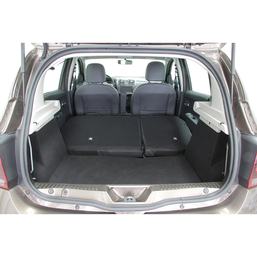test dacia sandero stepway dci 90 essai voiture citadine. Black Bedroom Furniture Sets. Home Design Ideas