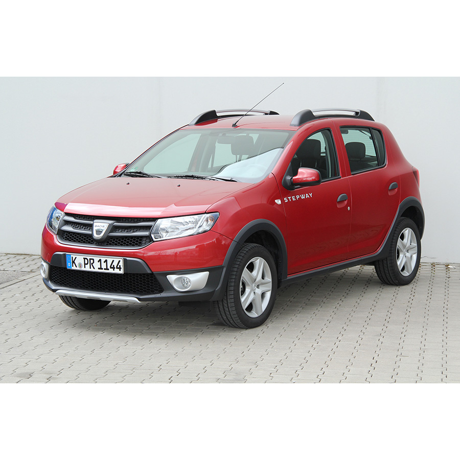 test dacia sandero stepway tce 90 essai voiture citadine. Black Bedroom Furniture Sets. Home Design Ideas