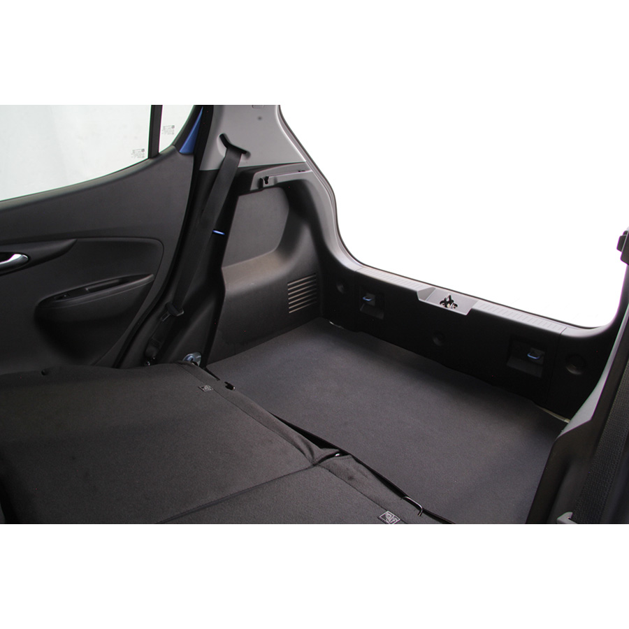 test opel karl 1 0 75 ch innovation essai voiture citadine ufc que choisir. Black Bedroom Furniture Sets. Home Design Ideas