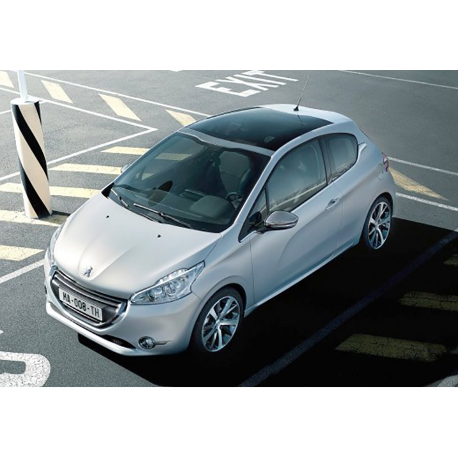 Peugeot 208 1.2 VTi 82 BVM5 -