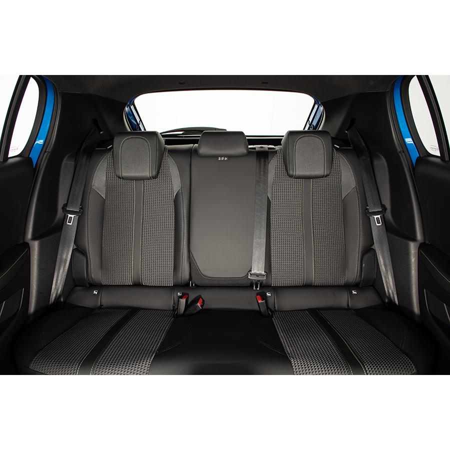Peugeot 208 PureTech 130 S&S EAT8 -