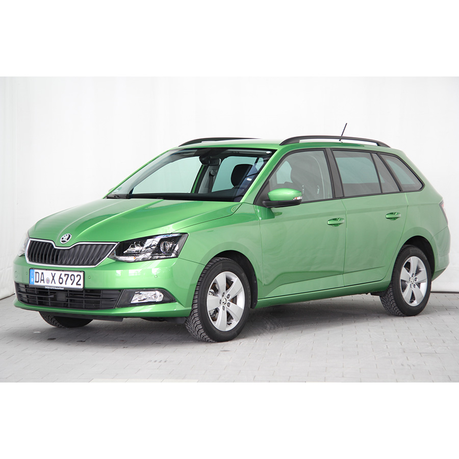 test skoda fabia combi 1 2 tsi 110 ch greentec essai voiture citadine ufc que choisir. Black Bedroom Furniture Sets. Home Design Ideas