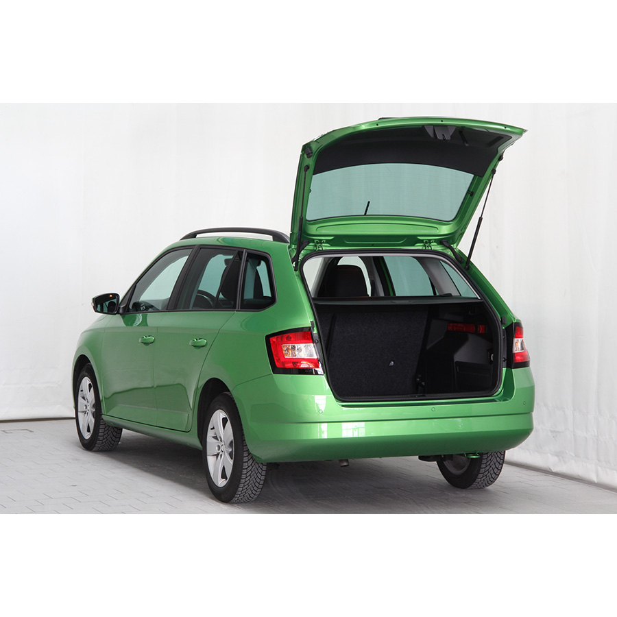 test skoda fabia combi 1 2 tsi 110 ch greentec essai. Black Bedroom Furniture Sets. Home Design Ideas