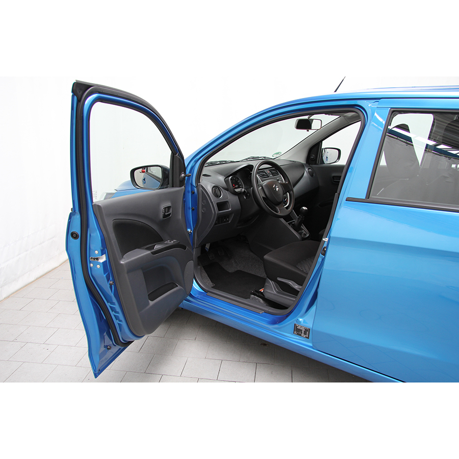 test suzuki celerio 1 0 vvt essai voiture citadine ufc que choisir. Black Bedroom Furniture Sets. Home Design Ideas