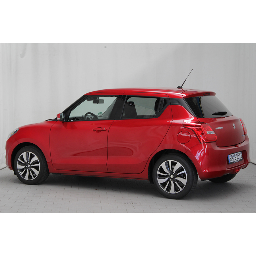 test suzuki swift 1 0 boosterjet hybride shvs essai voiture citadine ufc que choisir. Black Bedroom Furniture Sets. Home Design Ideas