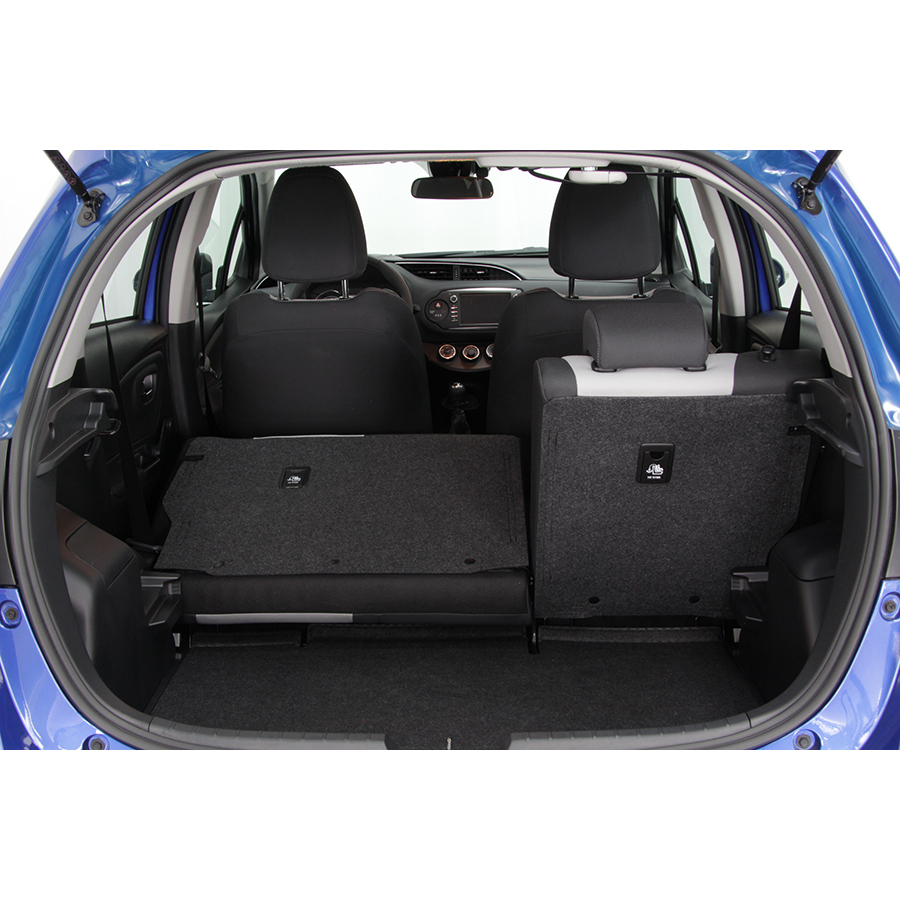 test toyota yaris 110 vvt i essai voiture citadine ufc que choisir. Black Bedroom Furniture Sets. Home Design Ideas