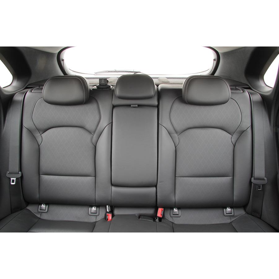 test hyundai i30 1 4 t gdi 140 essai voiture compacte ufc que choisir. Black Bedroom Furniture Sets. Home Design Ideas