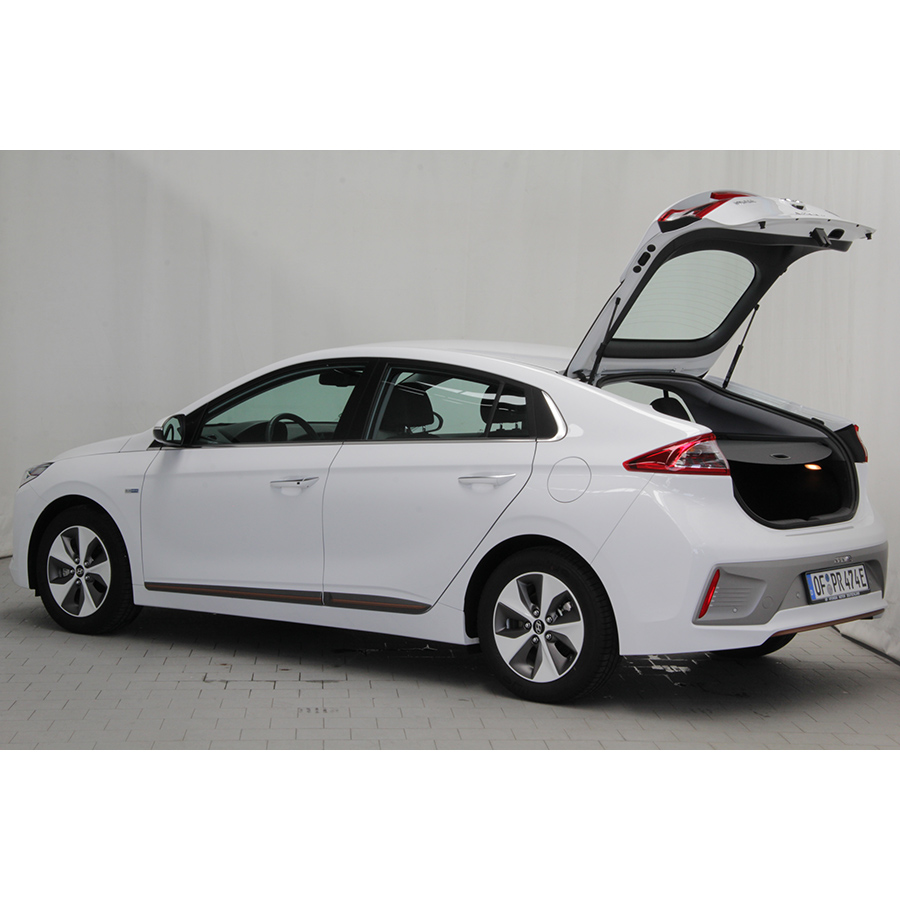 test hyundai ioniq electric essai voiture compacte ufc que choisir. Black Bedroom Furniture Sets. Home Design Ideas