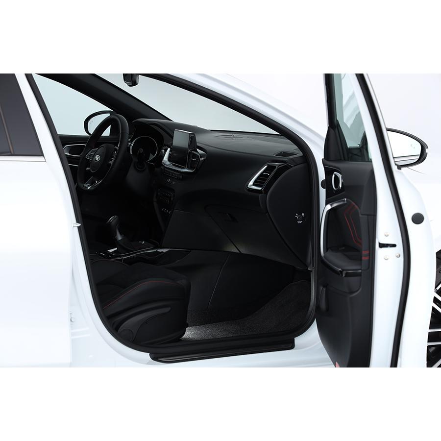 Kia Ceed 1.6 T-GDi 204 ch ISG DCT7 / GT -