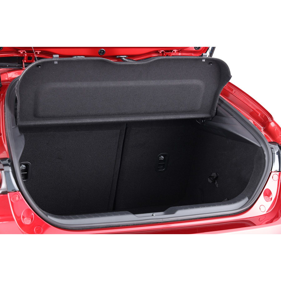 Mazda 3 2.0L SKYACTIV-G M Hybrid 122 ch BVM6 -