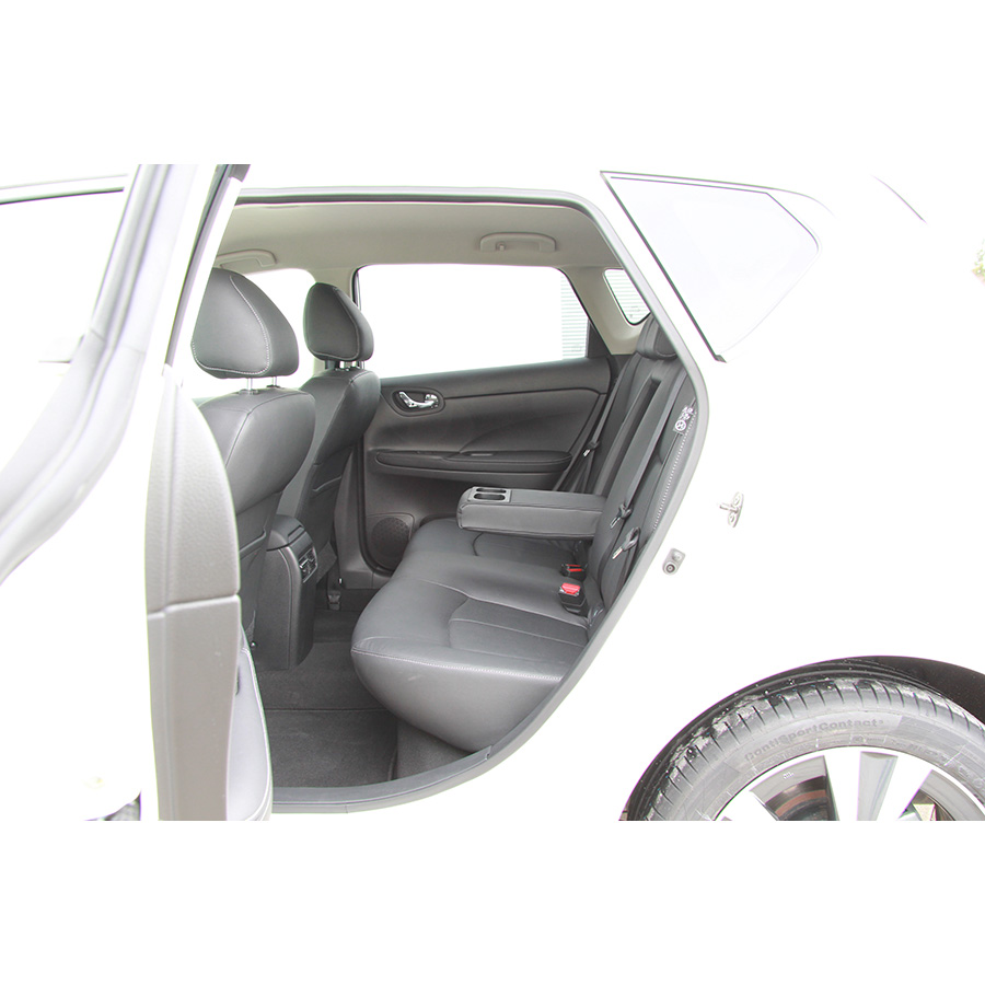 test nissan pulsar 1 5 dci 110 euro 6 essai voiture. Black Bedroom Furniture Sets. Home Design Ideas