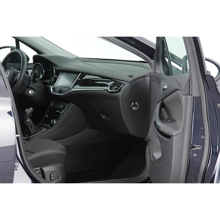 Opel Astra 1.6 Diesel 136 ch -