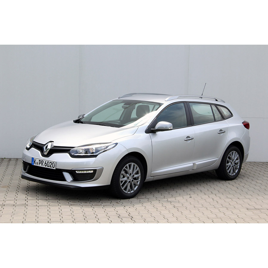 test renault megane iii estate 1 5 dci 110 energy eco2 essai voiture compacte ufc que choisir. Black Bedroom Furniture Sets. Home Design Ideas