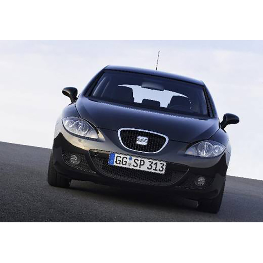 test seat leon 1 4 tsi 125 essai voiture compacte ufc. Black Bedroom Furniture Sets. Home Design Ideas