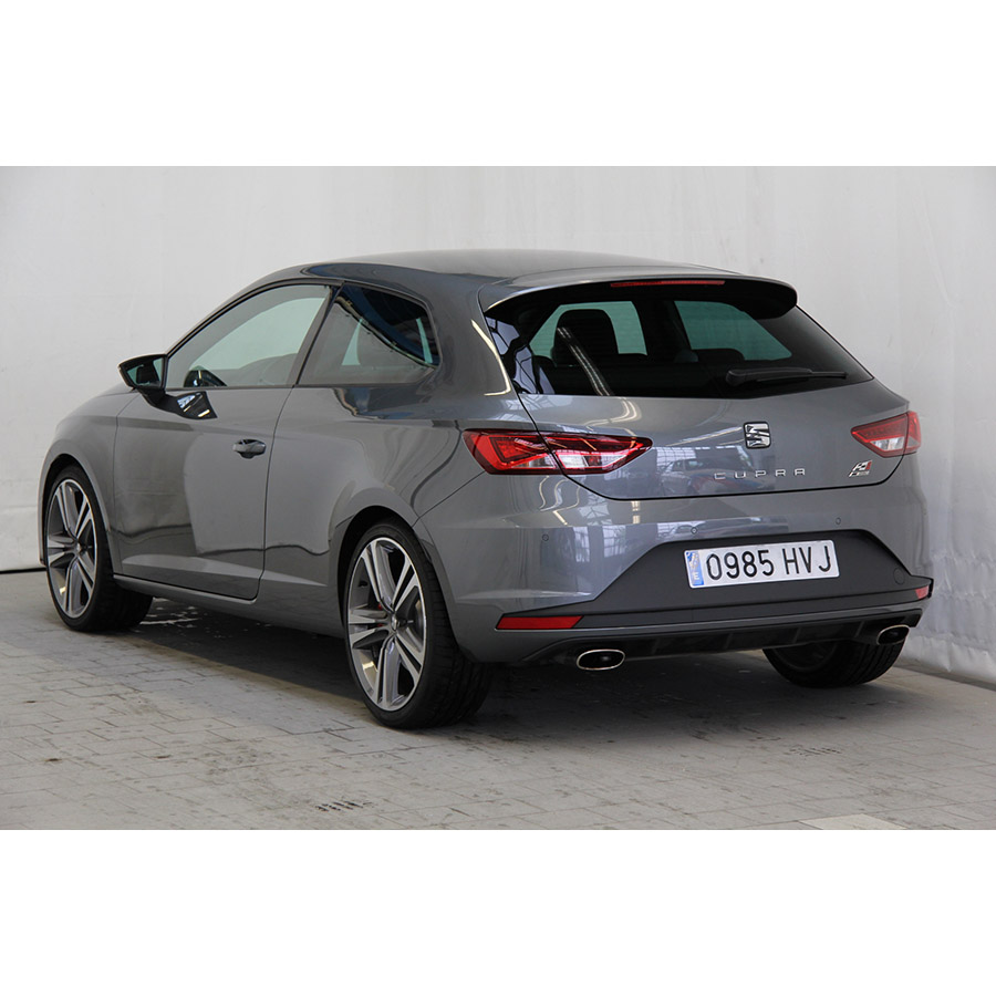 test seat leon sc 2 0 tsi 280 essai voiture compacte ufc que choisir. Black Bedroom Furniture Sets. Home Design Ideas