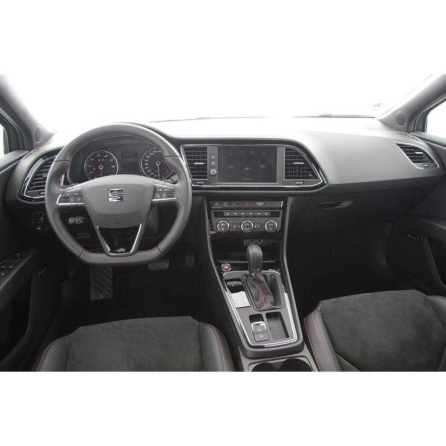 test seat leon st 1 8 tsi 180 start stop dsg7 essai voiture compacte ufc que choisir. Black Bedroom Furniture Sets. Home Design Ideas