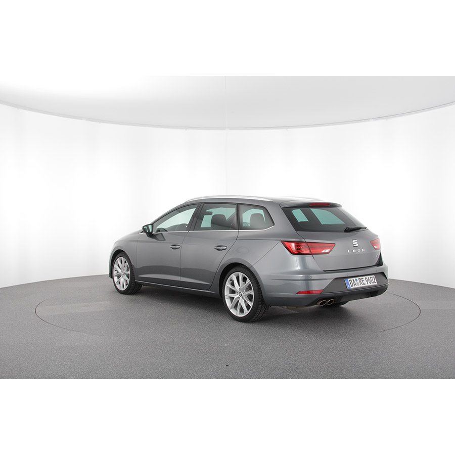 test seat leon st 1 8 tsi 180 start stop dsg7 essai voiture compacte ufc que choisir. Black Bedroom Furniture Sets. Home Design Ideas