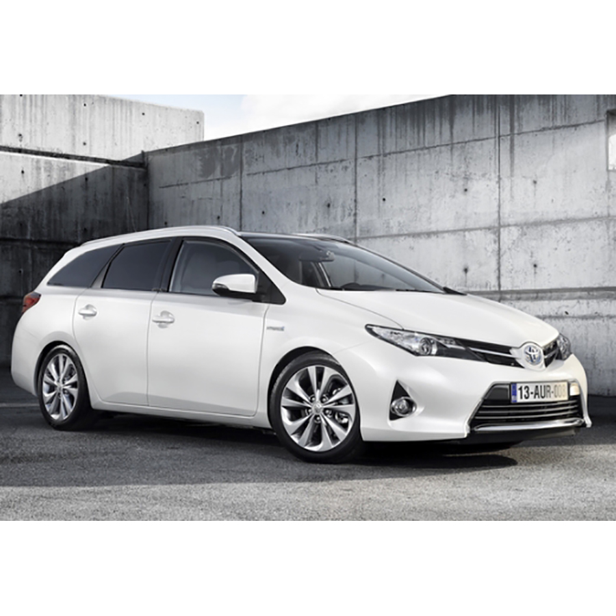 test toyota auris touring sports hybride 136h essai. Black Bedroom Furniture Sets. Home Design Ideas