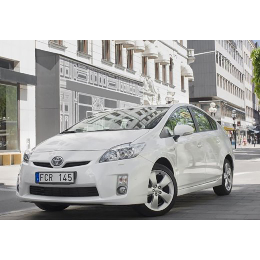 test toyota prius 136h essai voiture compacte ufc que choisir. Black Bedroom Furniture Sets. Home Design Ideas