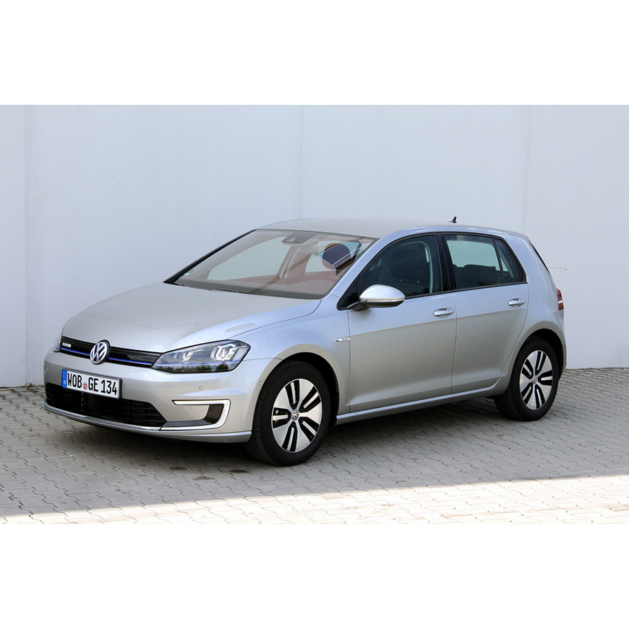 test volkswagen e golf 115 lectrique essai voiture compacte ufc que choisir. Black Bedroom Furniture Sets. Home Design Ideas